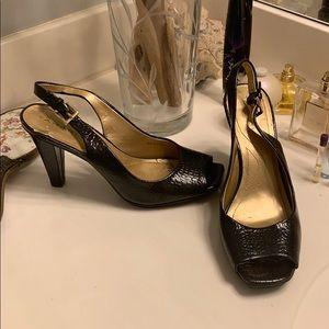 Tahari heels 👠 7.5